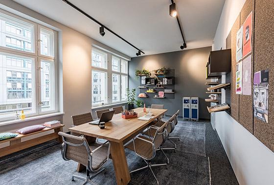 Coworkingspaces_Berlin_unter_den_Linden_Design_Offices_Coworking